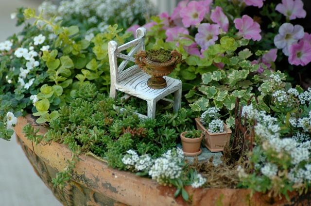 Giardino in miniatura ecco come fare - Idee per creare un giardino ...