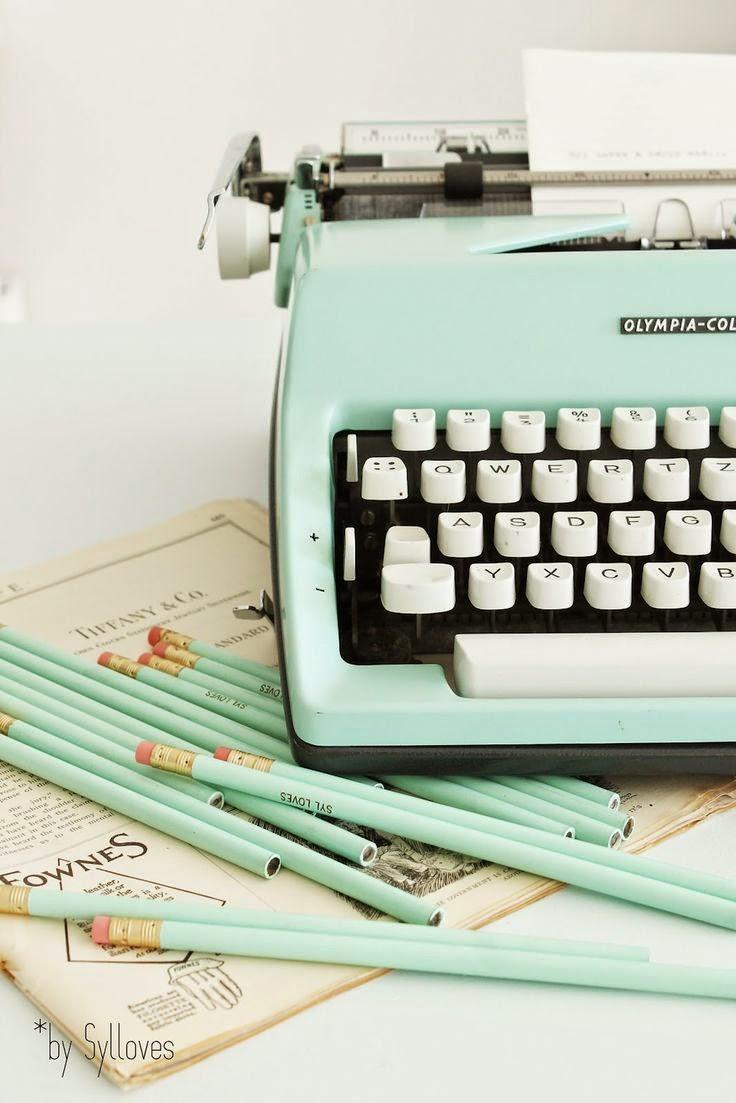 http://syllovesshabby.blogspot.de/p/syls-happy-vintage-shop.html