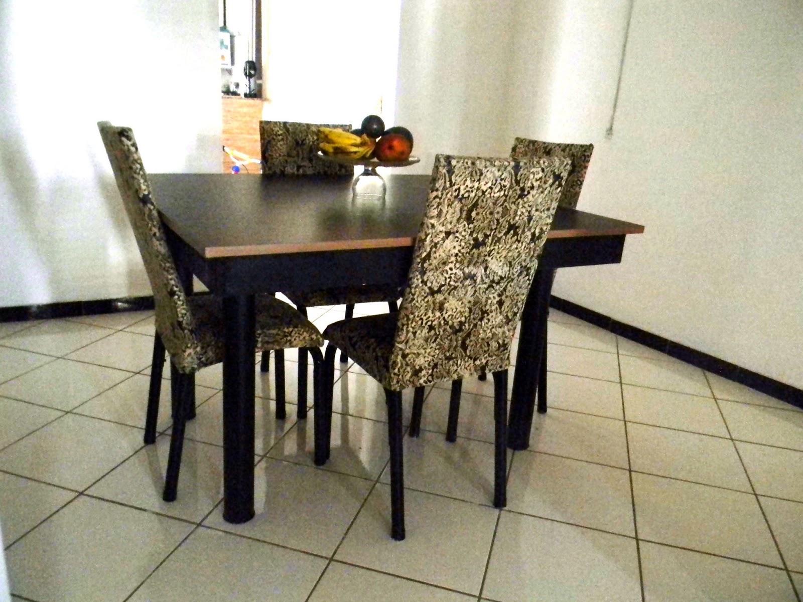 Cobrindo cadeira (Tubular ou Madeira) com tecido ~ Recicle sua Casa #B79014 1600x1200