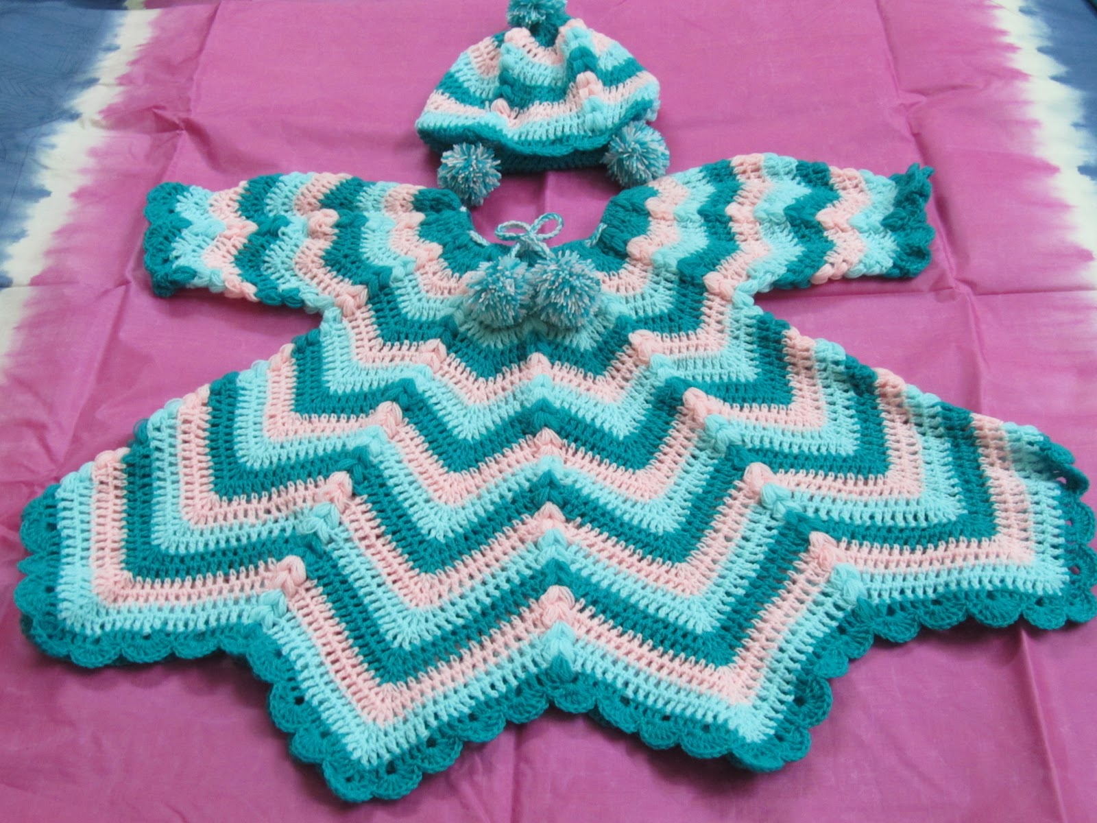 Knitting Patterns Baby Frocks : Aamader Blog: Crochet Baby Frock Set