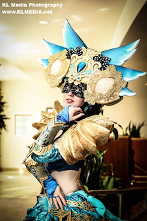 Amazing Guild Wars 2 Shining Blade Cosplay by Enayla