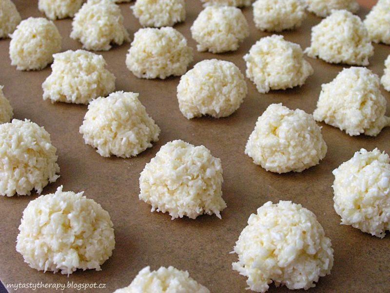 výborné kokosky ze dvou ingrediencí