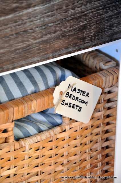 linen+closet+3.jpg