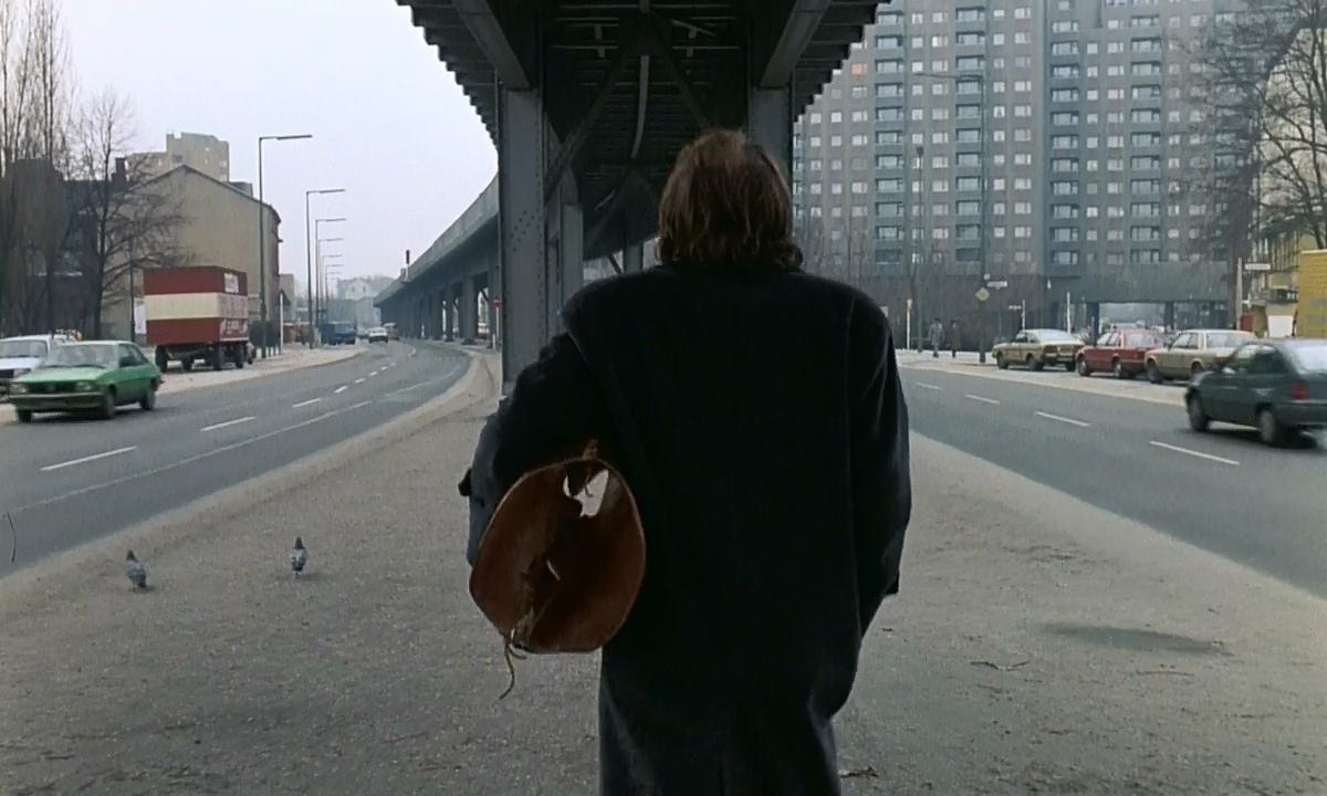 El cielo sobre Berlin (Der Himmel über Berlin) (1987) BrRip