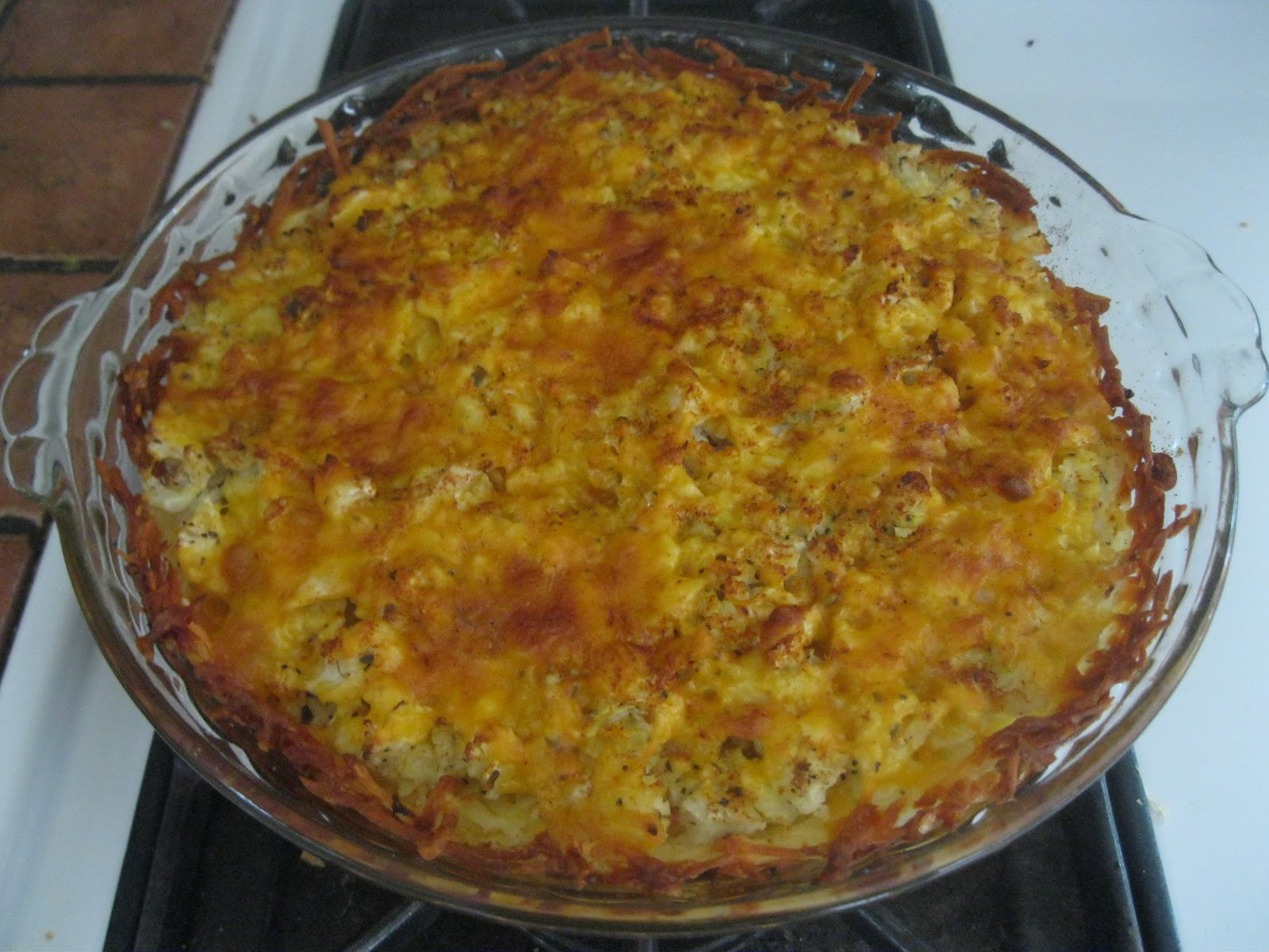 Aimee's Vegetarian Recipes: Cauliflower-Cheese Pie with Potato Crust