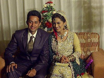 Ayesha Bakhsh with her brother Zeeshan Bakhsh on Valima Reception