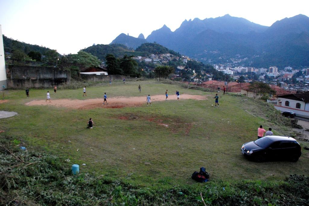 Terreno desapropriado pela Prefeitura para construção de 120 moradias populares