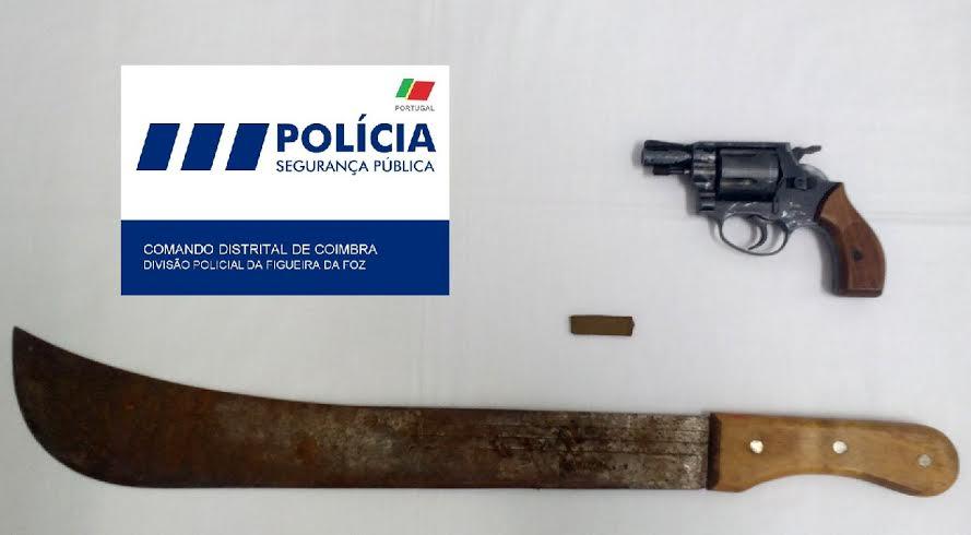 O palhetas na foz detido por viol ncia dom stica e posse for Uso e porte de arma