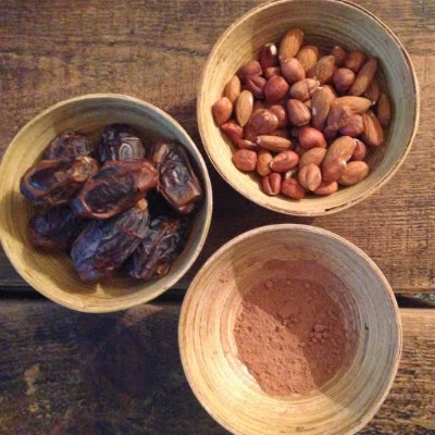 delicious raw cacao balls recipe