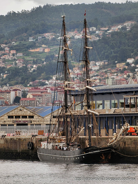 fotos de barcos, imagenes de barcos, roald amundsen, buque escuela, Vigo