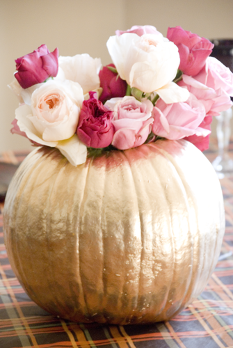 Girly holiday centerpiece tips bloom burgeon Flower painted pumpkins