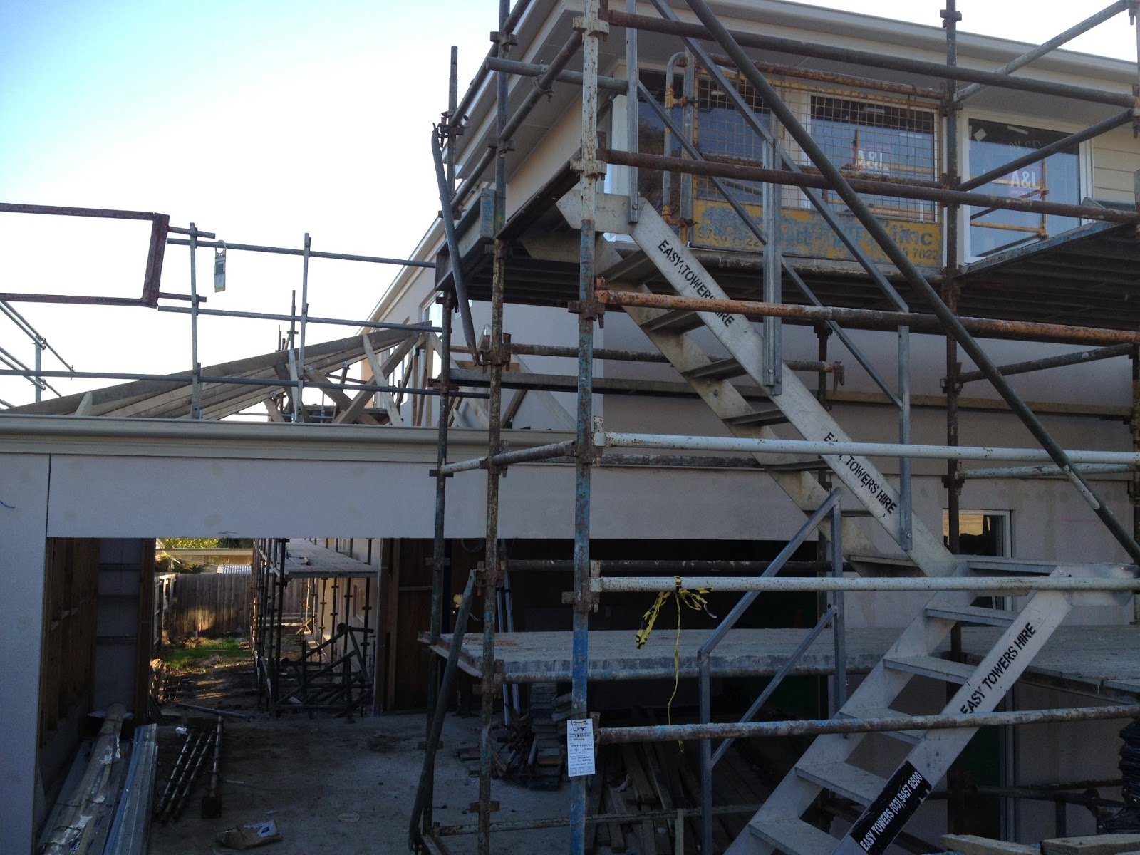 Carter grange radisson 43 custom build day 119 ready to for Pre made roof trusses