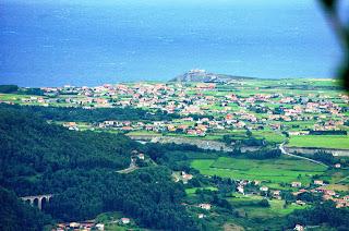 Cudillero, Ruta de Las brañas vaqueiras, vista del cabo Vidio
