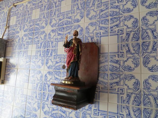 Imagem de São Pedro na despensa do Espírito Santo na freguesia dos Biscoitos na Ilha Terceira