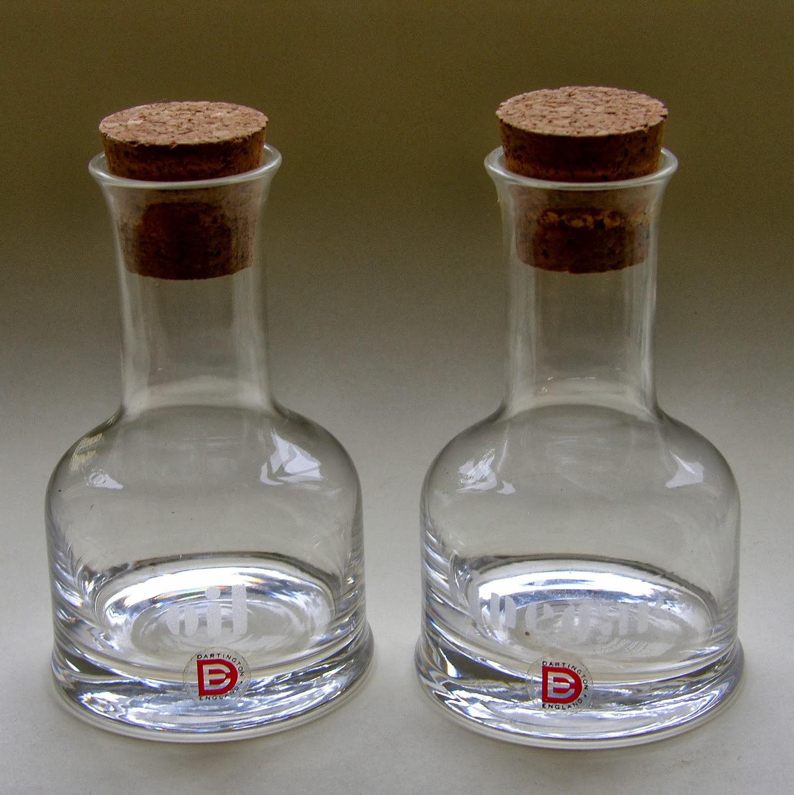 S Dartington Ft  Midnight Glass Goblet