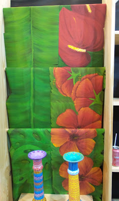 artesã; artesão; artista plástico; artesanato; feira; arte popular; lazer; Regina Cavalcanti; pintura em couro ecológico
