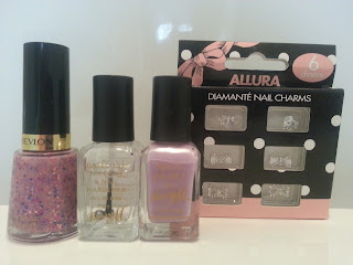revlon-girly-polish-diamante-nail-charms