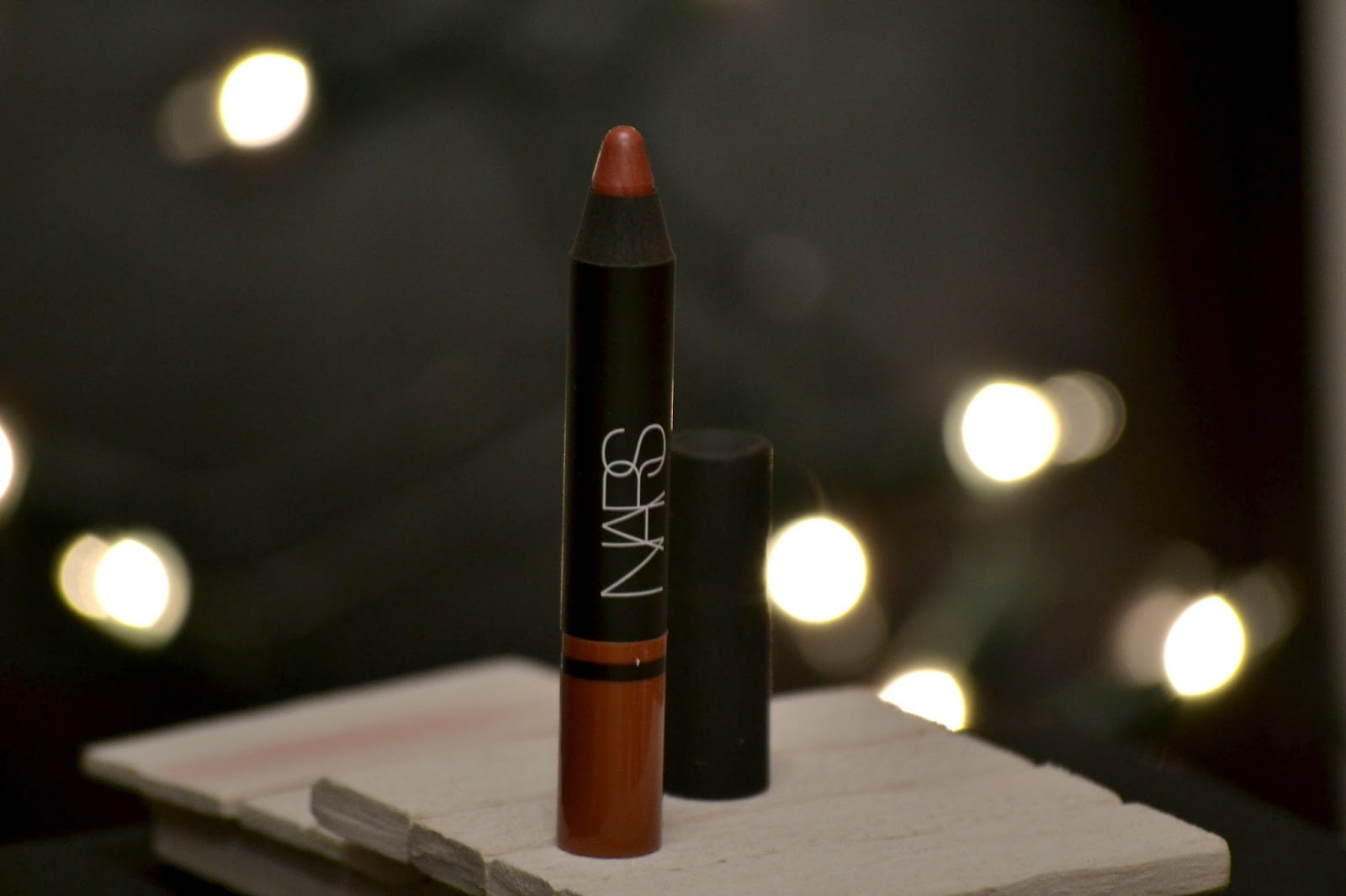NARS Satin Lip Pencil – Rikugien