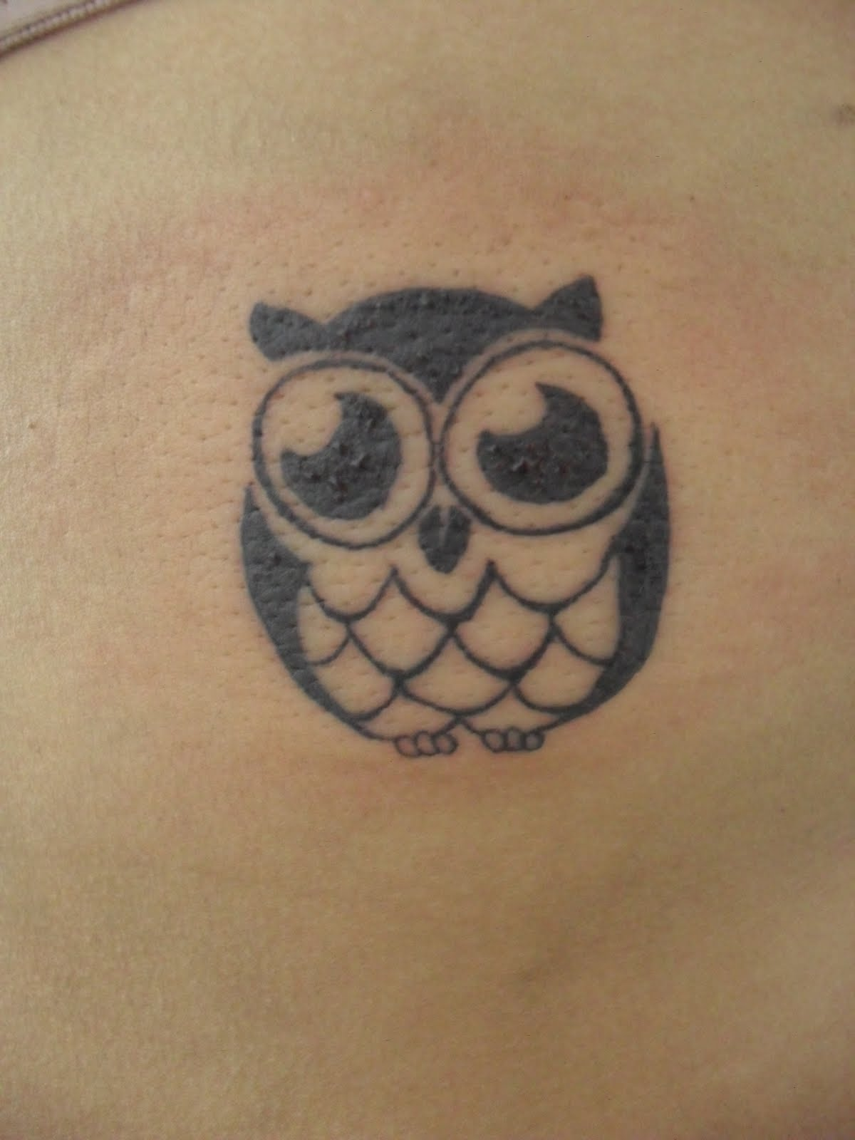 Cute small tattoos for girls tattoos art for Small cute tattoo