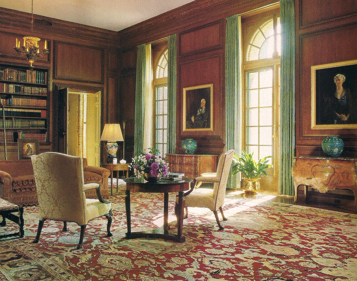 as decorated by Anthony Hail. Photo by John Vaughan for Architectural  Digest.