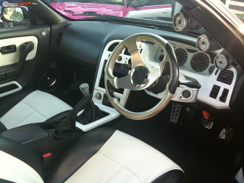 Modifikasi Interior Nissan Skyline