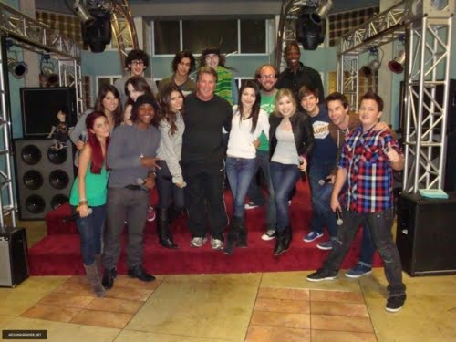 iCarly and Victorious News