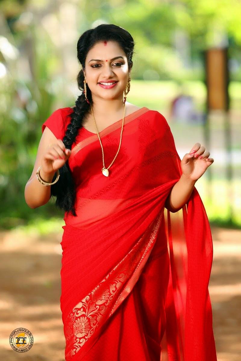 Malayalam Hot Movie Malayalam Hot Scene Photos Serial Actress Shooting ...