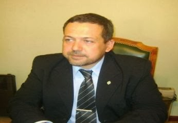 Ex ministro premiado con cargo nuevo