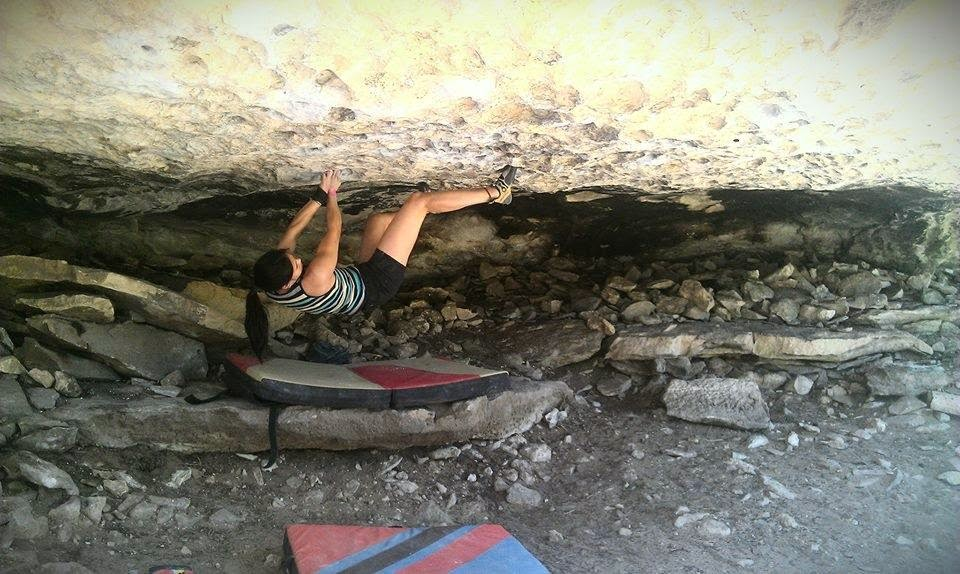 www.boulderingonline.pl Rock climbing and bouldering pictures and news Sendings Sisters: Dana Le