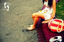 She Barefoot Everywhere