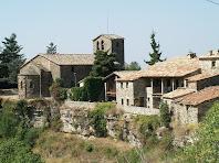 L'absis i la façana del nord-est de l'església de Tavertet