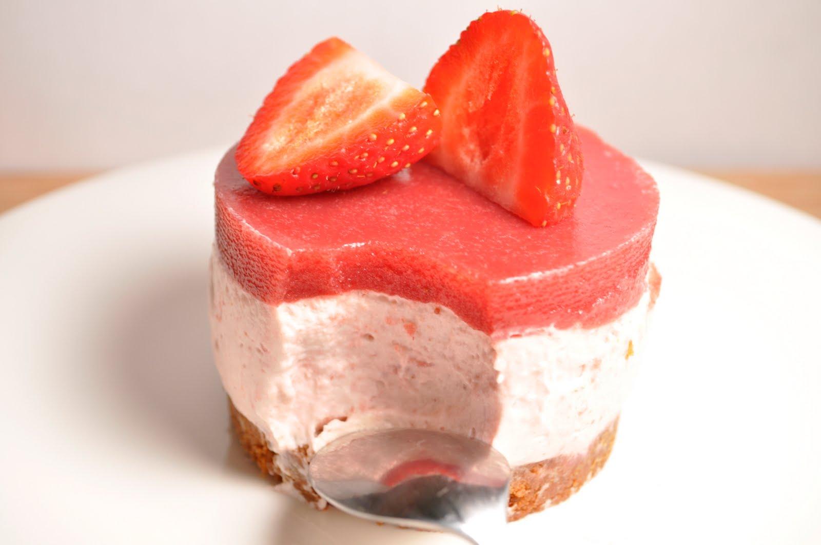 La cuisine de cl mence bavarois aux fraises et sp culoos for Miroir aux fraises