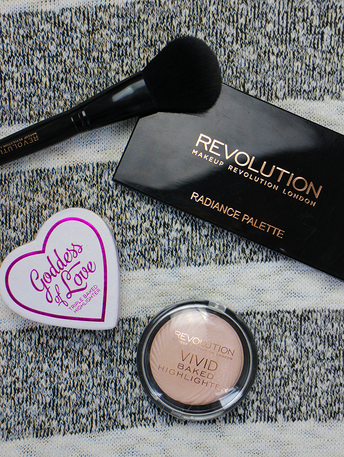MAKE UP REVOLUTION HIGHLIGHTERS