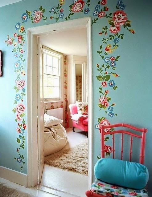 Украшение стены цветами своими руками фото
