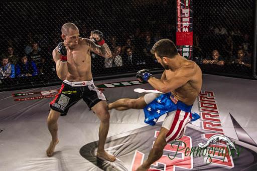 Global Warrior F.C. 2, Lyndon Whitlock vs Mike Hernandez at Burlington Central Arena in Burlington, Ontario on May 30, 2015. Photo: Jeremy Penn / Pennography  NIKON D7100 AF Zoom 17-55mm f/2.8G 1/500, f/2.8 ISO: 1600