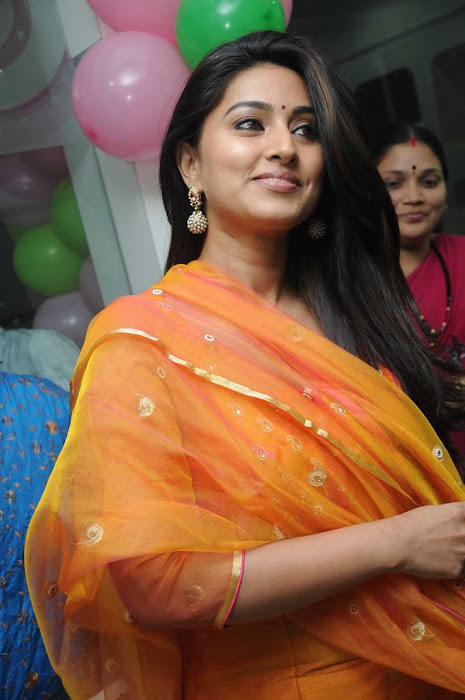 sneha sizzling new @ green trends launch hot images