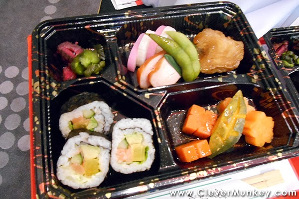 New in flight dining experience with airasia airasia x for Airasia japanese cuisine
