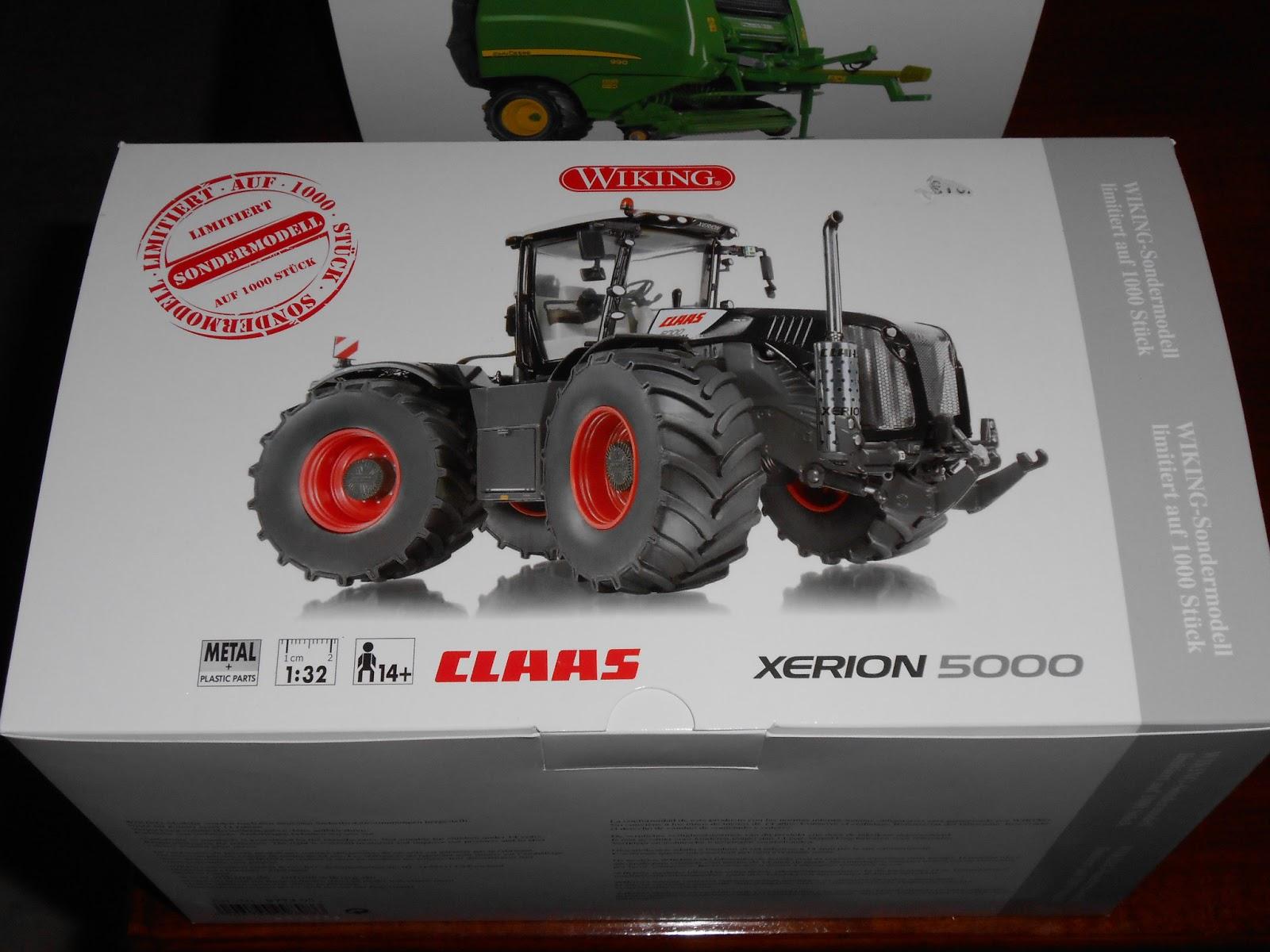 1:32 Wiking Claas Xerion Traktor