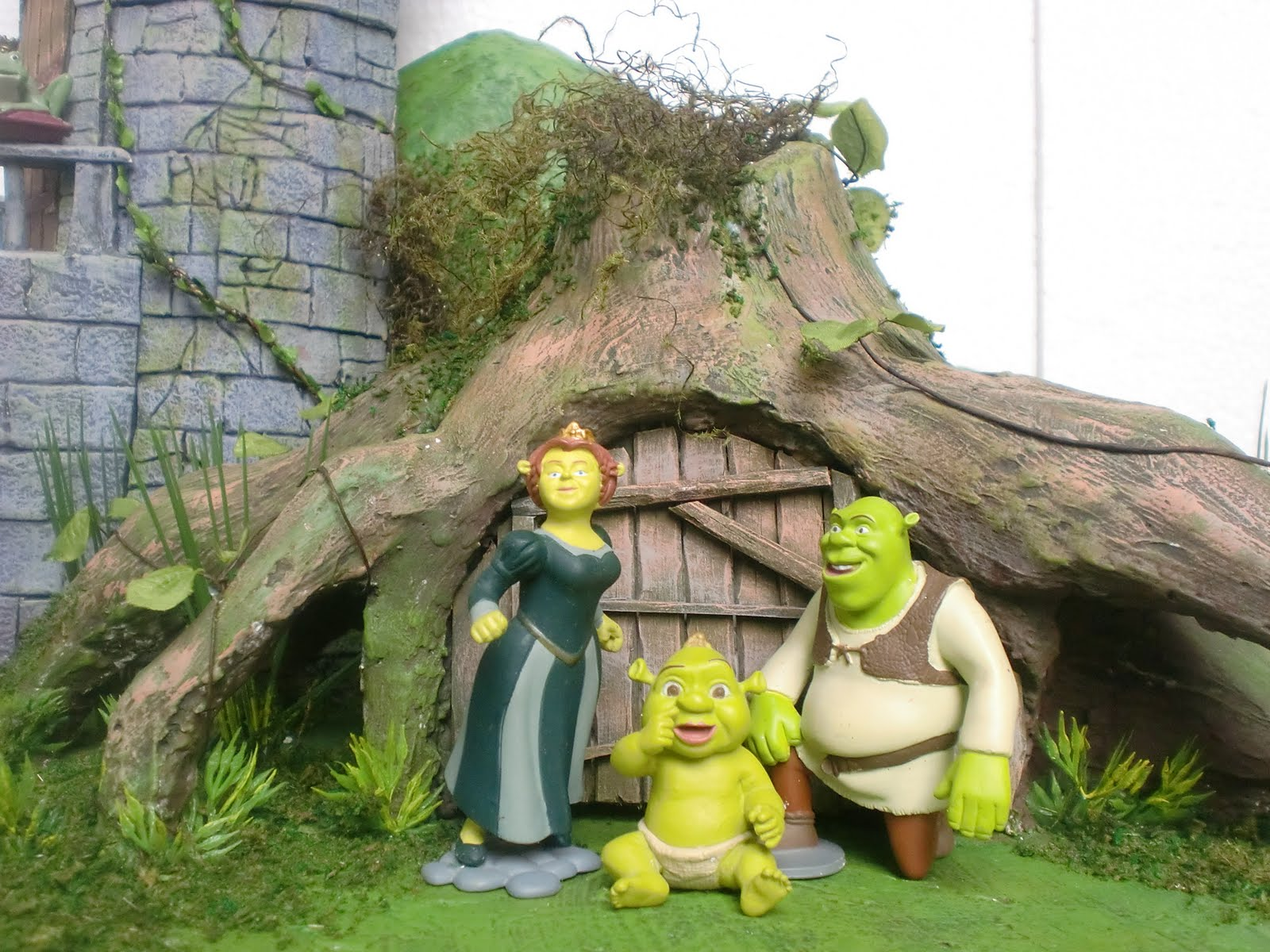 dioking  shrek make over diorama project