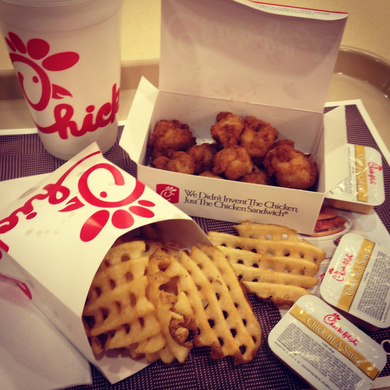 chick-fil-a, chicken nuggets, nuggets, chicken, waffle fries, special sauce, fries, food, fast food, good food, yummy chicken, chicken and waffles, ketchup, homeade leomnade