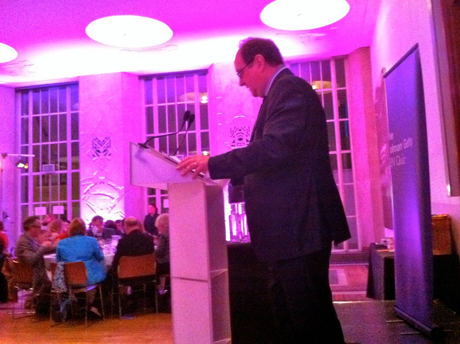 ENGLISH PEN QUIZ 2011 AT RIBA WITH JAMES NAUGHTIE