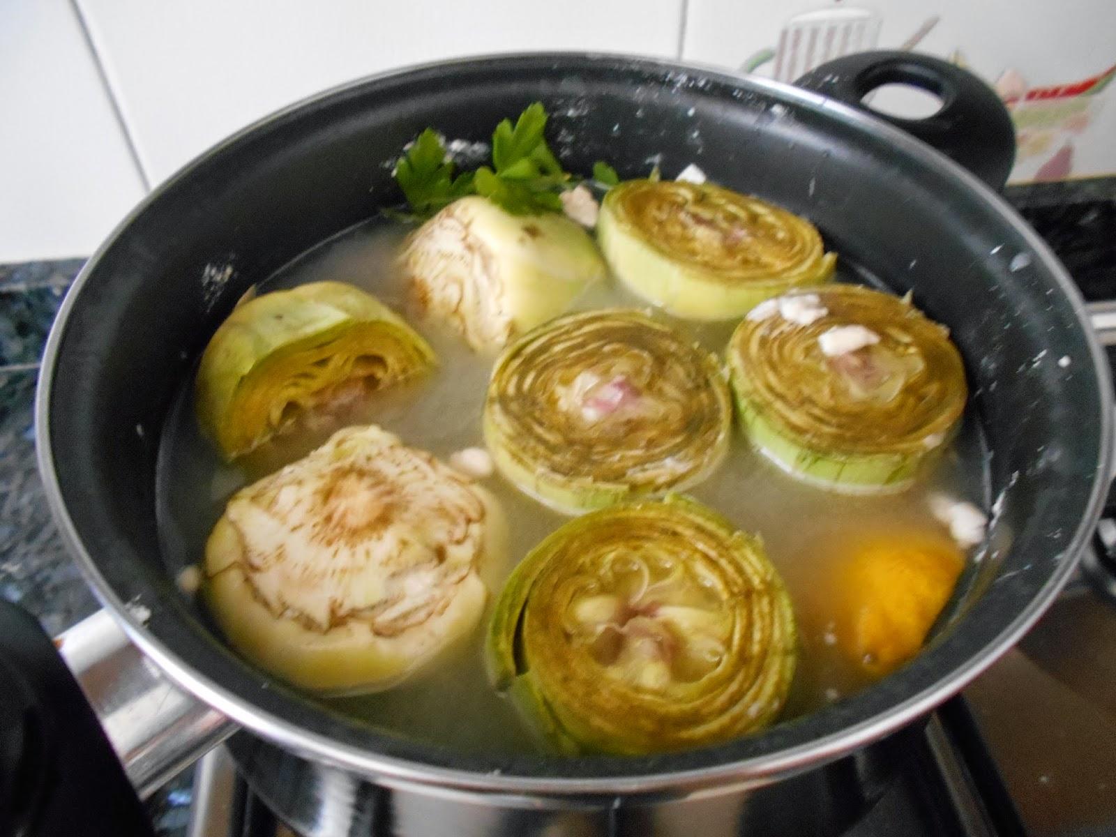 Como cocer alcachofas y truco para que queden blancas como for Cocinar alcachofas de bote