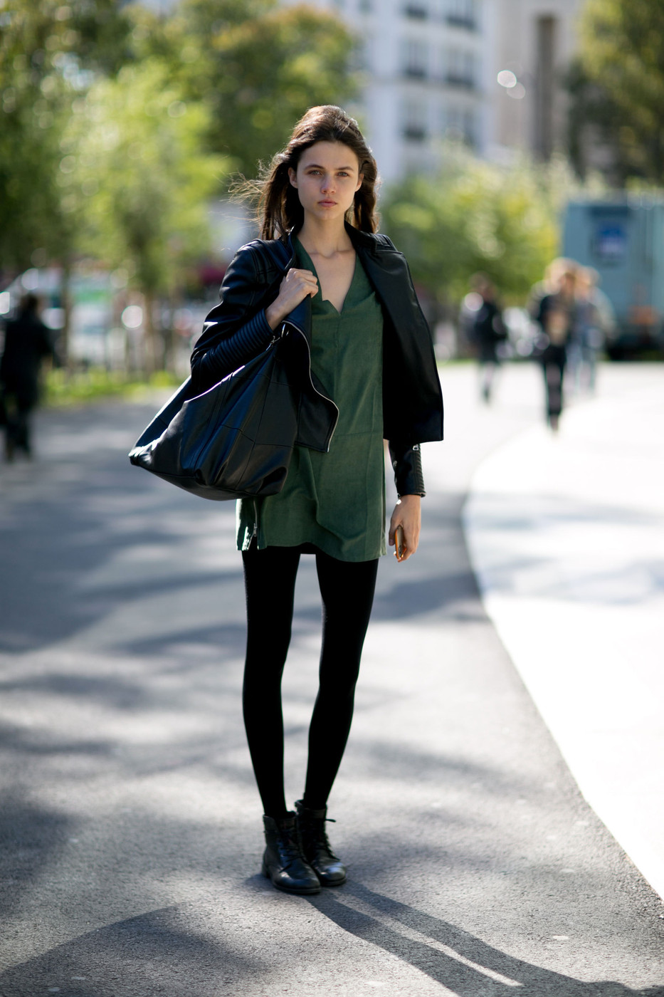 Model Street Style At Paris Fashion Week Spring Summer