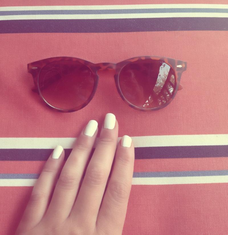 white nails esmalte blanco