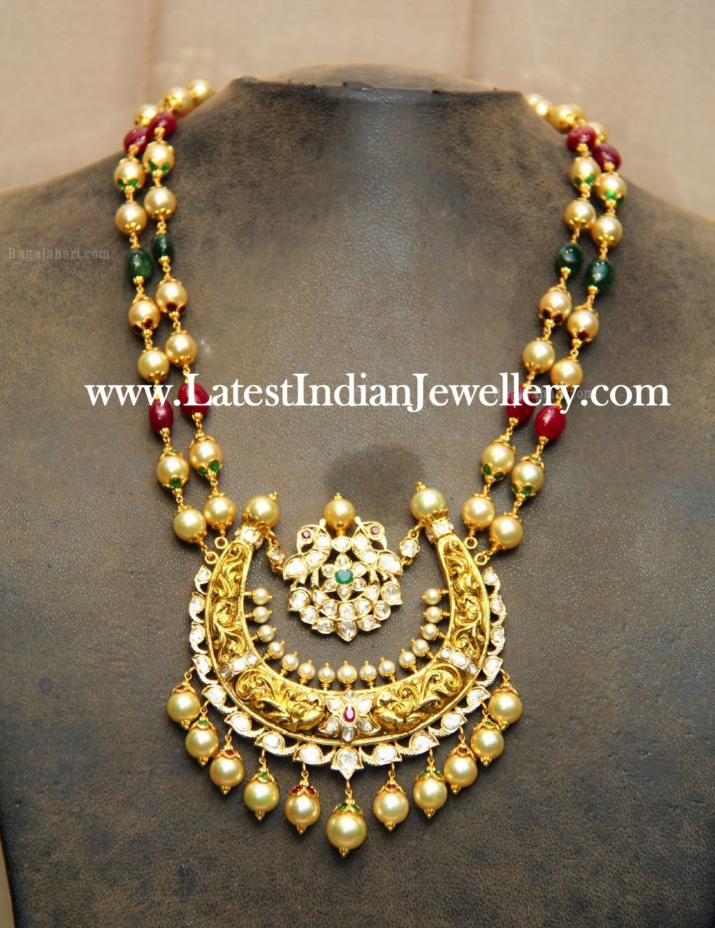 Beads Necklace with Antique Pendant