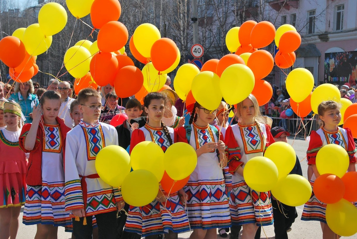 Танцевальный коллектив Янтарики