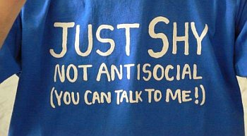 nieśmiałość, aspołeczność, osoba, koszulka