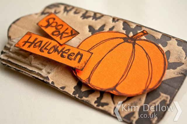 close up of the Fiskars Fuse Tag for Halloween