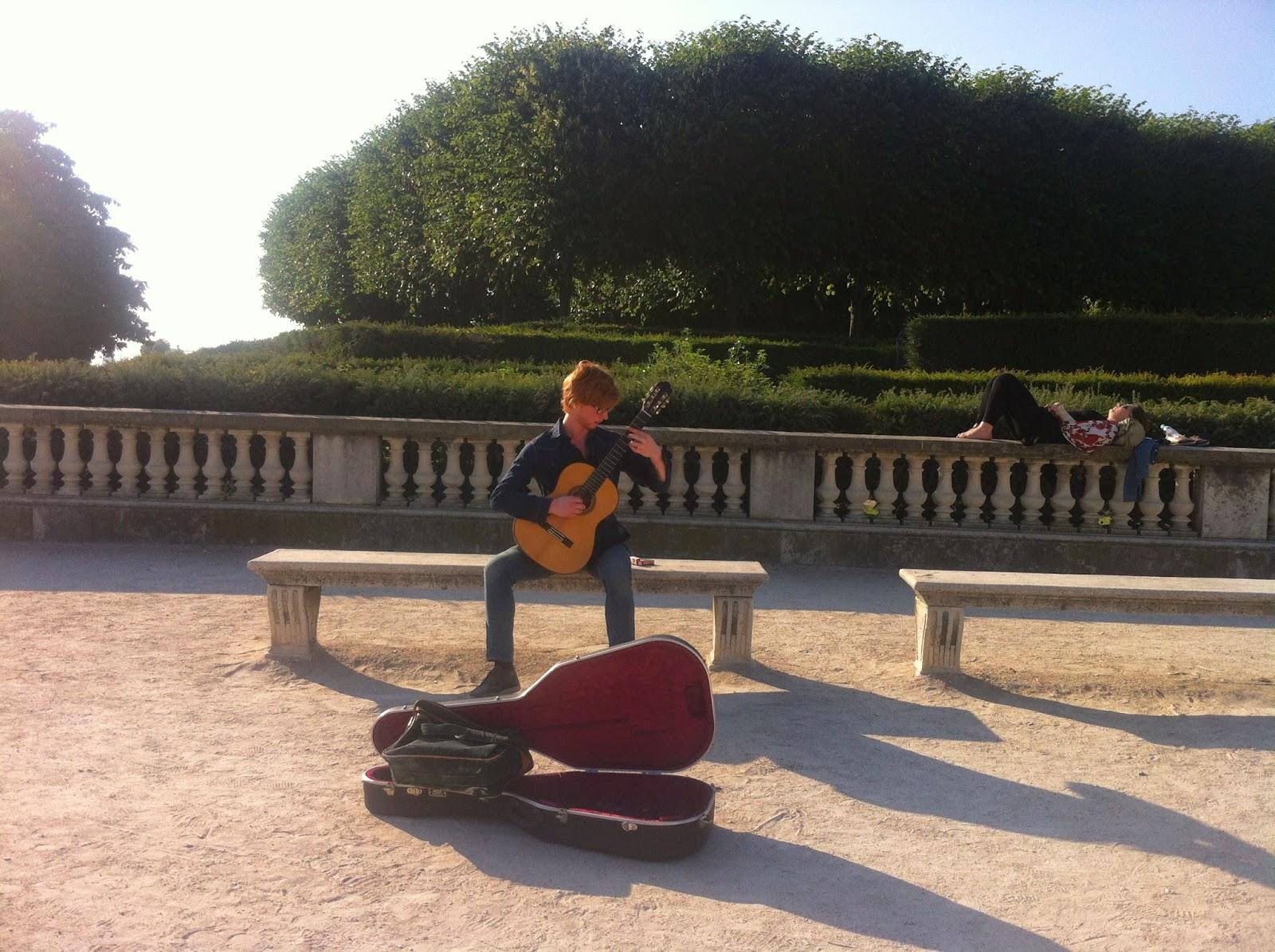 Tuilerie bahçesi müzik