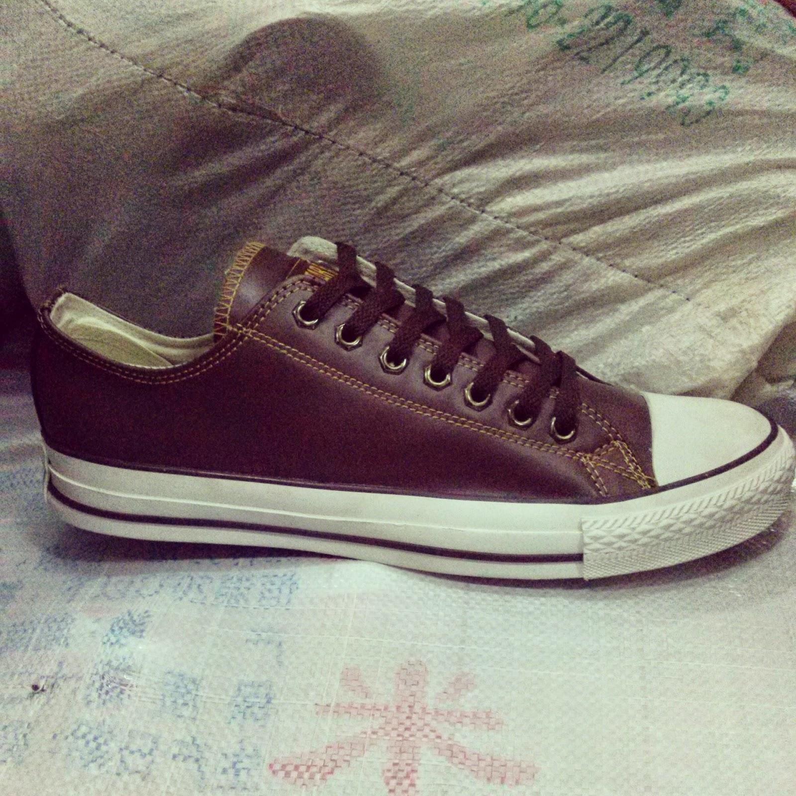 sepatu converse low bahan kulit ori vietnam